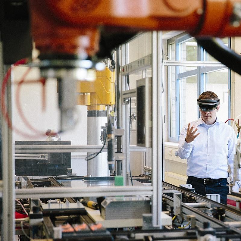 3 razones por las cuales la tecnología es clave en la capacitación profesional